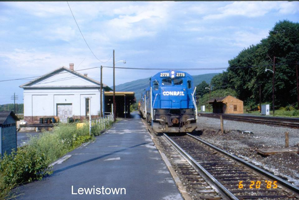 Lewistown main 1985